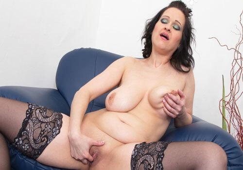 https://www.erotikchat-live.com/
